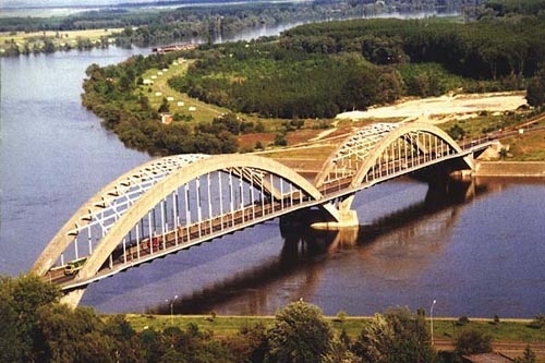 Mostovi - Page 25 210